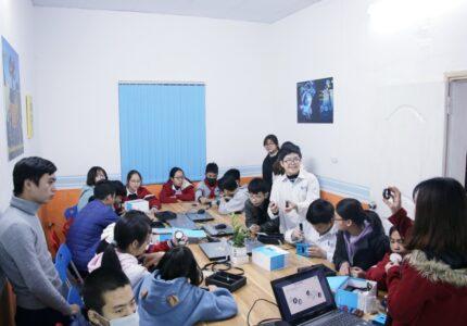 CLB STEM: THEO CHÂN ĐỘI TUYỂN STEM – ROBOTIC: BUỔI TRẢI NGHIỆM ĐẦU TIÊN TẠI AROBOTDAY SINGAPORE ACADEMY